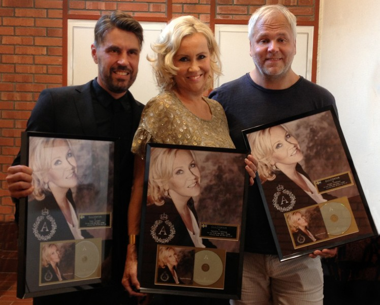"Agnetha Fältskog, Peter Nordahl, Jörgen Elofsson receive gold record for the album ""A"""
